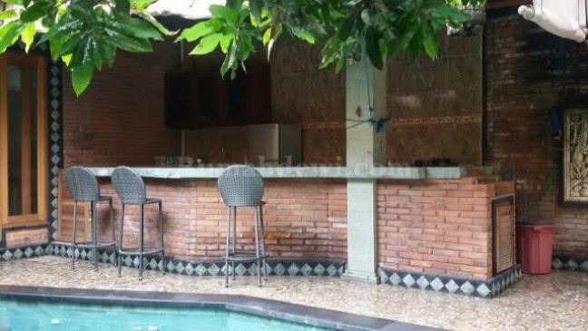 TWO 3 BEDROOM VILLAS SIDE BY SIDE AVAILABLE FOR 10 YEAR LEASE BIDIDARI SEMINYAK